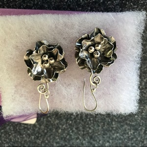 Buyer photo gwiederholdl, who reviewed this item with the Etsy app for iPhone.