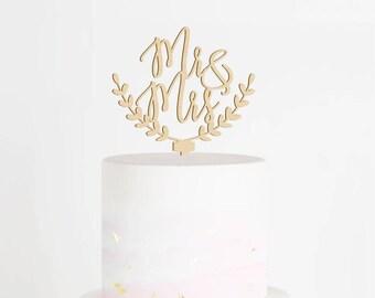 Mr & Mrs Cake Topper, Wedding Cake Topper, Mr and Mrs Cake Topper, Wood Cake Topper, Rustic Wedding Cake Topper, Laurel Cake Topper