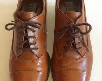 Gorgeous Small Chestnut Brown Leather Derby Shoes