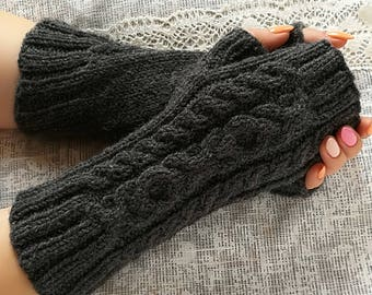 Gray Fingerless Glove Wool Knitted Fingerless Fall Mittens Cable Knit Gloves Knit Fingerless Mits Women Knit Cozy Mits Elegant Hand Knit