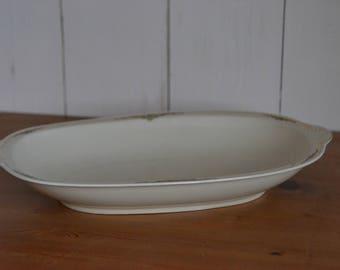 Deep porcelain dish, Zeh Scherzer, 33 x 21 cm, white with gold decorated