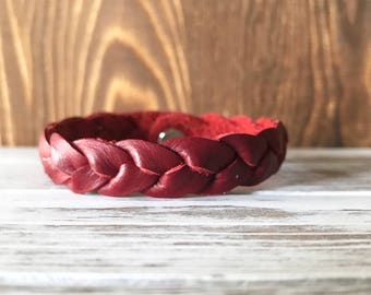 Braided leather bracelet - Santa Suit