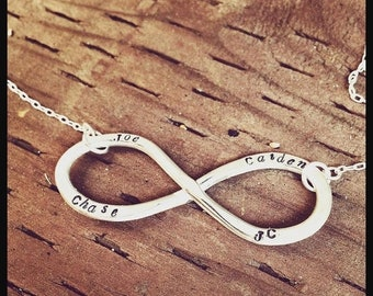 LIMITED TIME SALE Custom Infinity Necklace - Your Choice of Names\/Words - 2 Fonts