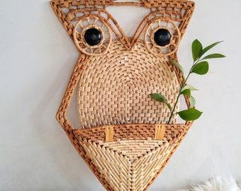 Vintage Wicker/Rattan Woven Boho Owl Wall Pocket/Decor/Plant Holder/Basket/Hanging