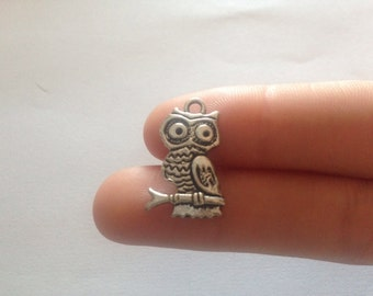 Owl beads, jewelry material, scrapbooking crafts, gifts customize bracelets, necklaces, keychains, amulet protection