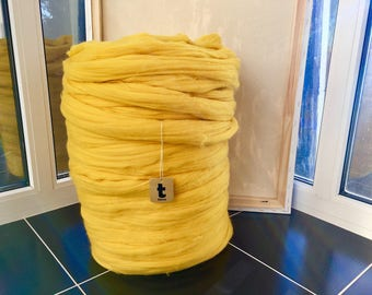 Yellow Merino Yarn - Unspun Yarn - Unspun Wool - Chunky Yarn - Handspun Merino - Super Bulky Yarn - Chunky Wool - Merino Wool Yarn