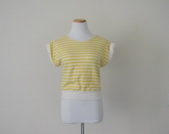 FREE usa SHIPPING Vintage 1980s candy striped women's yellow cropped top/blouse/short sleeves made in Japan size M