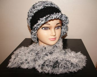 SCARF BLACK AND GRAY