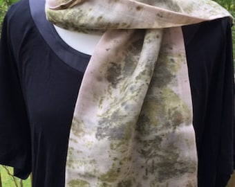 Eco printed scarf, hand dyed scarf, pure wool, long scarf, Eco scarf, dusky pink scarf