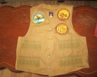 Vintage Mans Hunting Vest Medium  by RED HEAD. Hunters for Conservation, American Heritage Patches. Hunting, Fishing, Camping Vest