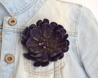 Felt brooch purple flower Felt flower pin Coat brooch flower Violet flower Christmas gift Felt flower brooch Floral jewelry Wool brooch