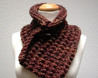 roasted chestnut. chunky knit cowl . handknit wool neck warmer . russet brown . wood toggle button cowl . rustic woodland unisex knitwear