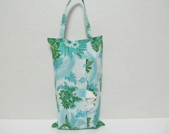 Hanging Tissue Box Cover For Skinny Kleenex/Green Flower