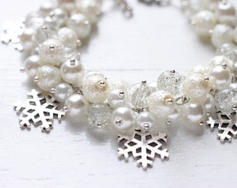 Winter Wedding Bridesmaid Jewelry Pearl Cluster Bracelet - White Snow, Snowflakes