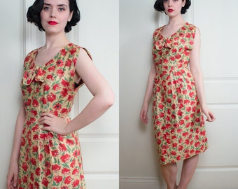 Late 1940s, Early 1950s Floral Print Day Dress | Size Medium