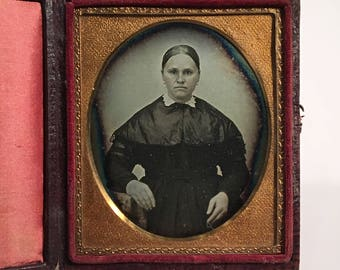 Daguerreotype of a Nervous-Looking Woman, 19th Century Antique Photo in Full Case