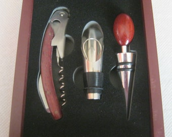 Weiflaschen opening and Firingset, 3 pieces in Woodenbox reddish brown, new-quality from 1970, Germany