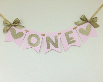 Pink and Gold Heart HIGH CHAIR Banner.  First Birthday Decorations.  ONE High Chair Banner.  Pink and Gold Party.  Age Banner
