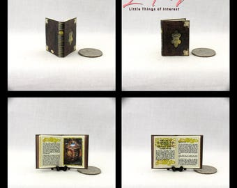HISTORY Of The TIME WAR Miniature Book Dollhouse 1:12 Illustrated Book Doctor Who Time Lord Time Traveling Tardis