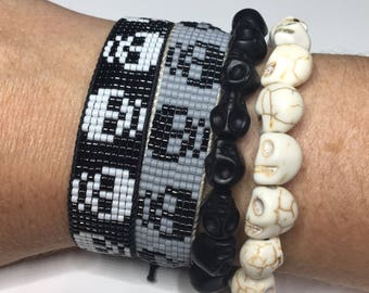 Skull jewelry, halloween jewelry, day of the dead jewelry, Skull bracelet, Halloween bracelet,
