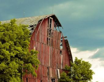 Broken Barn Print –Landscape Wall Art, Barn Photography, Digital Download