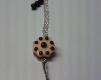 Necklace with sparkling chocolate chip cake