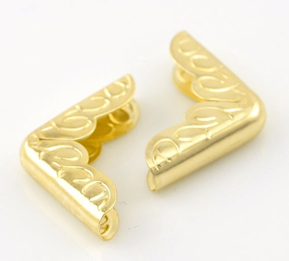 Set of 8 corners / angle - gold color - size: 15.5 mm