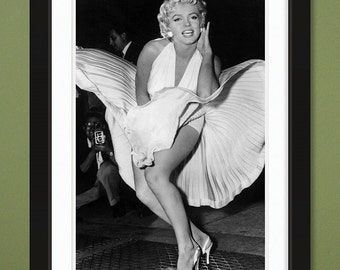 Celebrities – Marilyn Monroe 4 (12x18 Heavyweight Gloss Print)