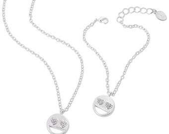 Emoji® Heart Eyes Necklace & Bracelet Set