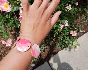 Pink paper bracelet