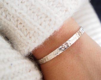 Silver 925, Sterling Silver hammered Bangle Bracelet / silver sterling bangle