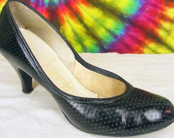 5.5-6 ladies vintage 40's black leather LIFE STRIDE babydoll pumps heels shoes narrow