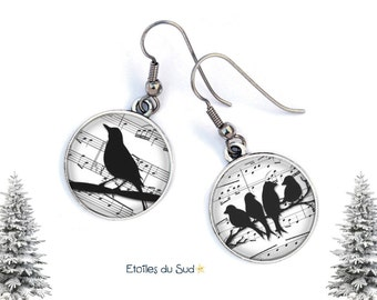 Raven, music, resin cabochon, surgical steel hooks, ref.47 earrings