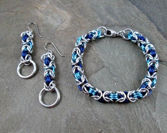 Chainmaille Jewelry Set - Blue and Aqua - Byzantine Weave - Chainmaille Set - Chainmail Bracelet and Earrings