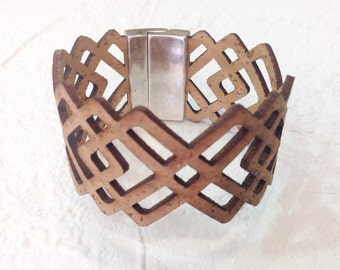 Natural Cork bracelet, geometric, with magnetic clasp