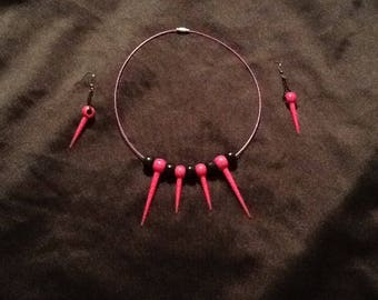 Fuschia and black necklace and earrings set