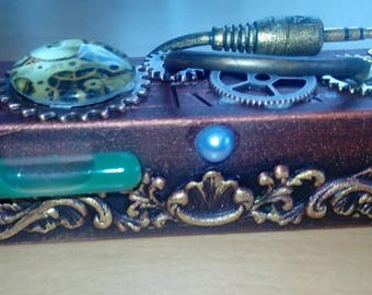 STEAMPUNK customised power bank 1200mAh fully-working with USB cable and clip
