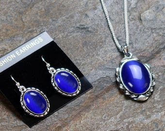 Blue Cat's Eye Glass Necklace and Earrings