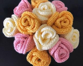 Corcheted Rose Bouquet- Crocheted Flower Arrangement