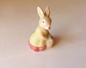Bunny Figurine, Rabbit with Basket