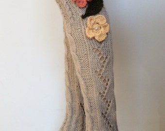 Leg Warmers with flower and crochet lace,SoftKnitted LegWarmersWomensboot cuffs, leg warmers Natural Color