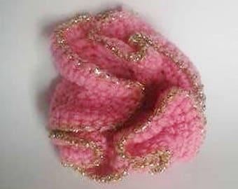 lot de 2 fleurs au crochet rose et doré