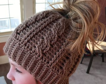 crochet chain stitch messy bun hat