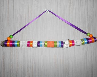 holder or organizer driftwood, ribbons, lace, beads, multicolor