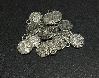 100pcs tiny antique silver Gift Evil Exorcism Saint St.Benedict mini Medals for Bracelet Charm
