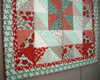 Winterberry Christmas Lap Quilt Wall Hanging Quiltsy Handmade Quilted Winter FREE U.S. Shipping