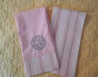 Circle Monogram Burp Cloths for the Newborn