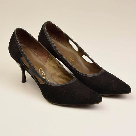 Toe Black Shoes Pumps Suede Narrow Heels AAAA Heels Shoes Vintage Cut Black 1960s Kitten Slim 9 60s Closed Classic Outs Heel xOUIYq