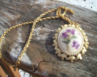 Vintage Gold Necklace with Removeable Brooch Pin Gold Chain