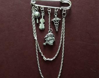 Steampunk Sherlock Holmes pin brooch - 2 to choose from.